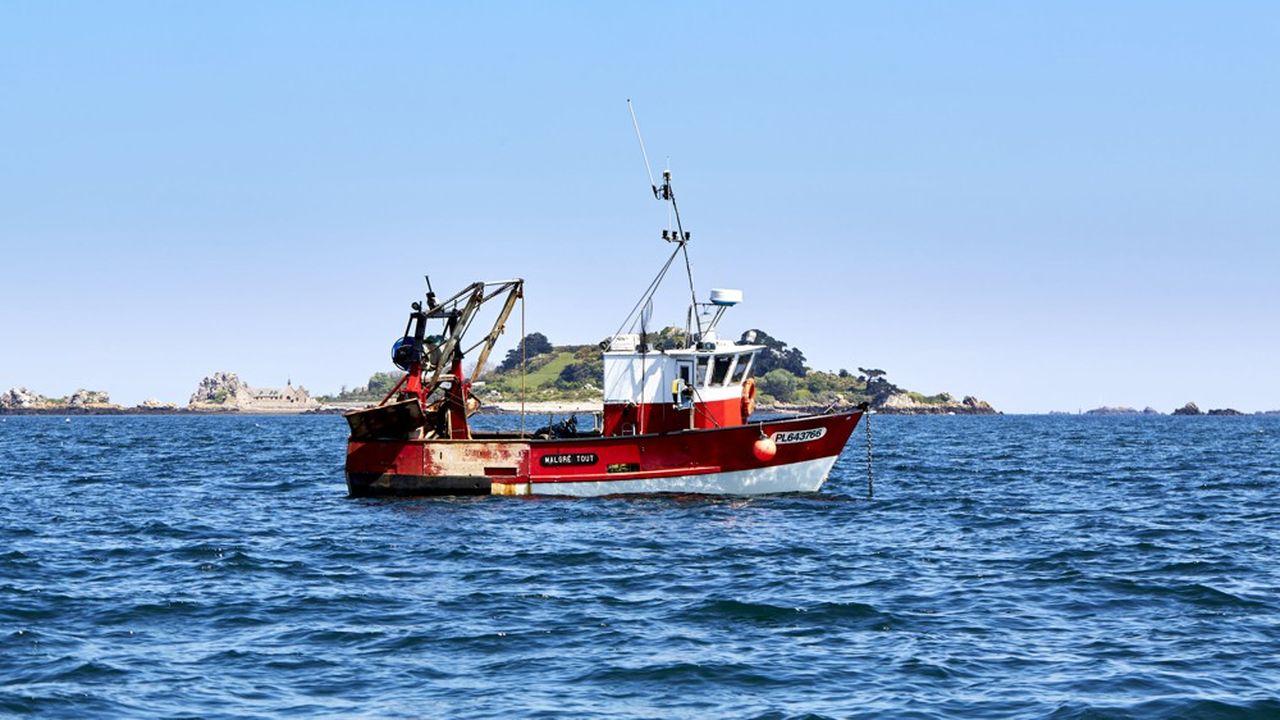 Le secteur de la pêche (ici, un chalutier breton) pourrait être l'un des plus durement touchés par le Brexit.
