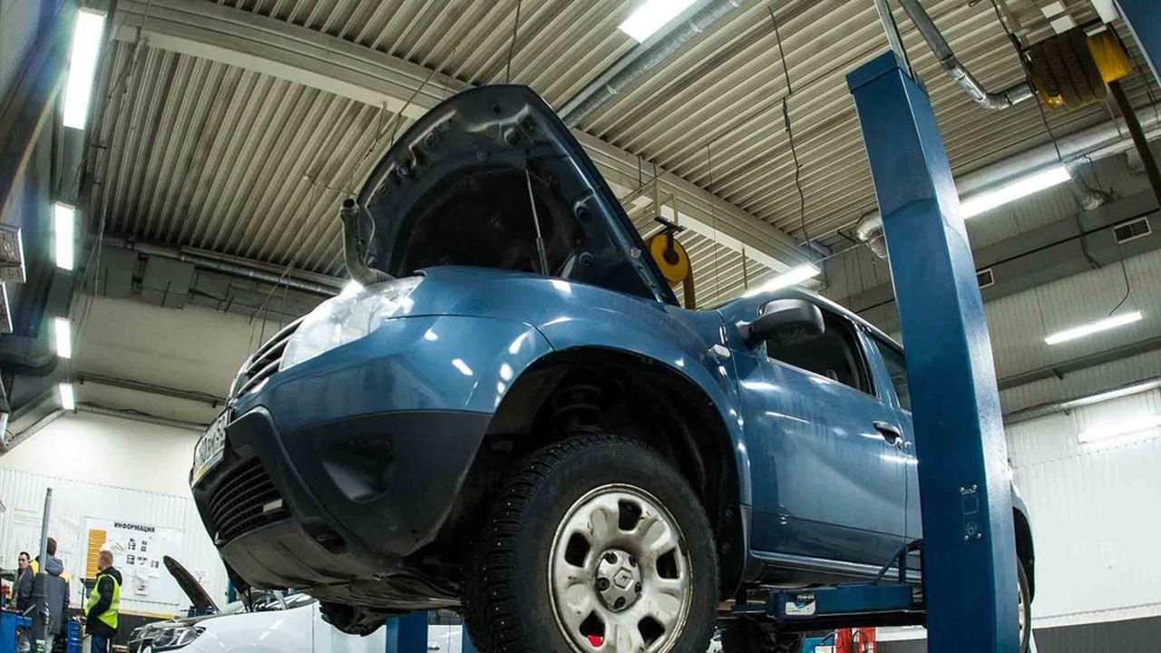 Grâce aux deux programmes, des réparations automobiles à moitié prix sont proposées aux ménages les plus précaires.