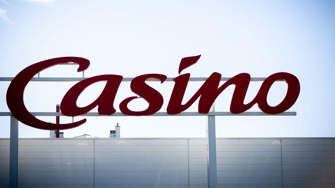 Les sociétés mères de Casino ont déclenché une procédure de sauvegarde pour faire face à leur endettement élevé.