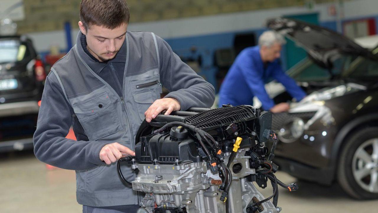 Le nombre d'apprentis a frôlé les 460.000 fin juin, un record en France.