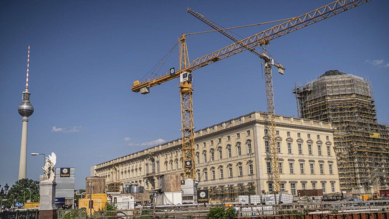 Avec une progression de tout juste 0,2% de sa production au deuxième trimestre, le secteur du bâtiment montre à son tour des signes d'essoufflement.