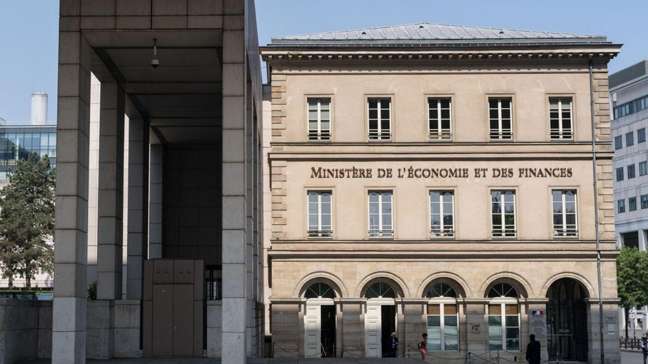 Seule bonne nouvelle pour Bercy, les taux d'intérêt bas devraient générer plusieurs milliards d'euros d'économies.