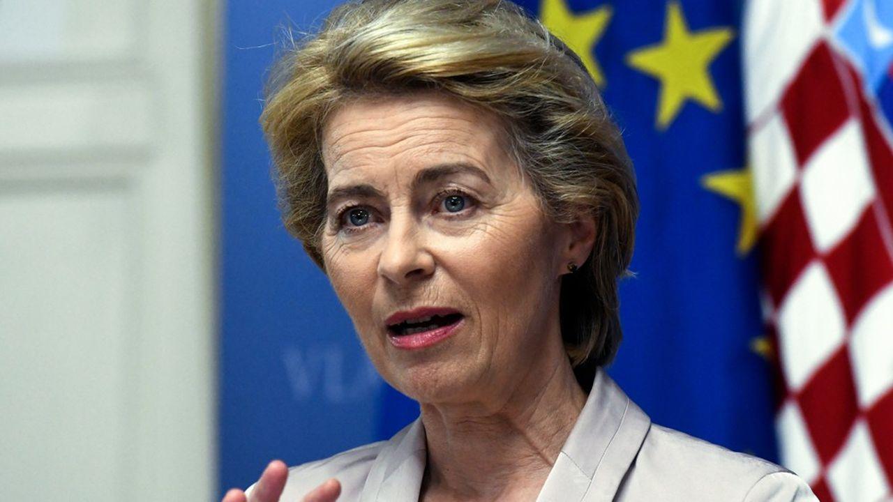La présidente élue de la Commission européenne a beaucoup consulté avant de composer, dans le plus grand secret, la future équipe de 26 commissaires qui l'entourera.