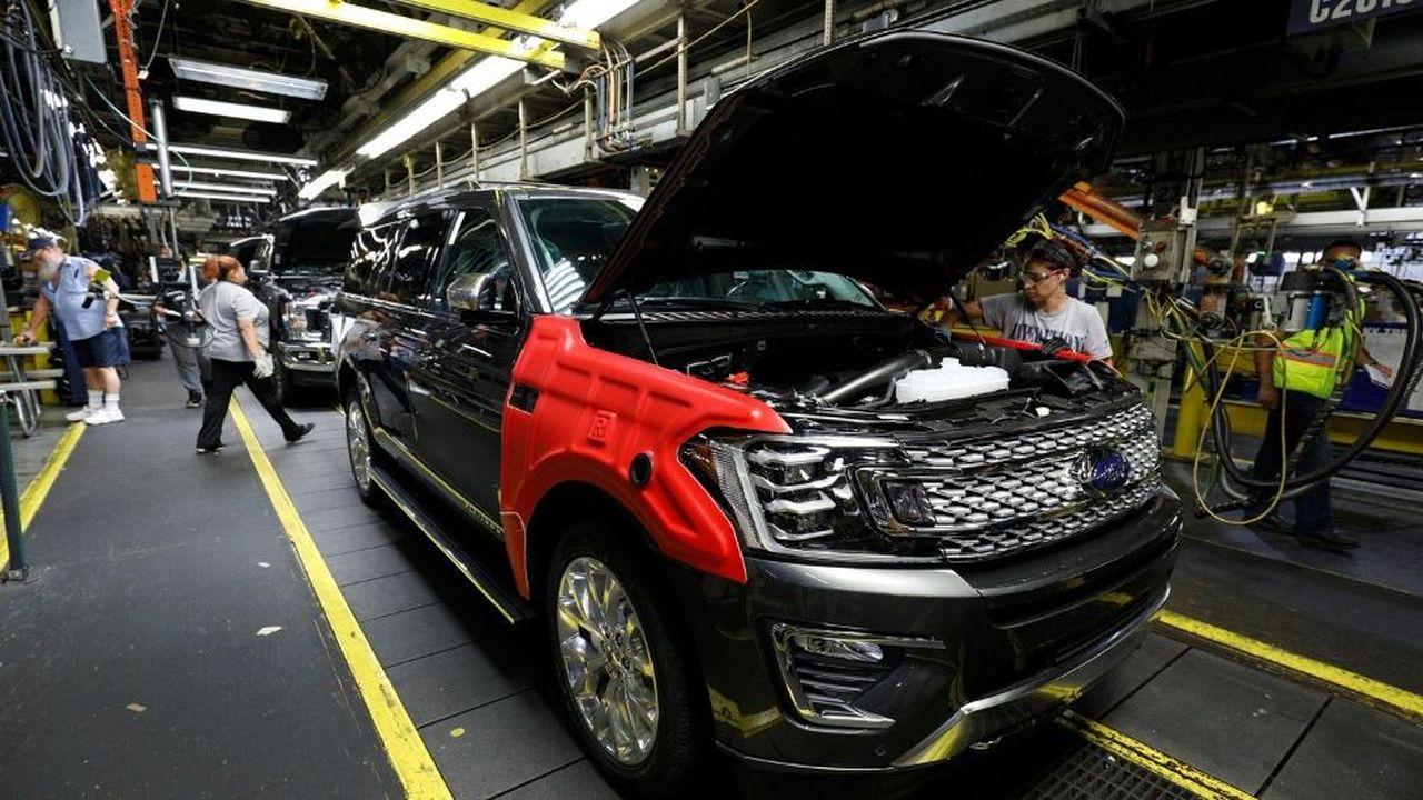 Ford : Moody's dégrade la note et épingle le plan de relance du PDG
