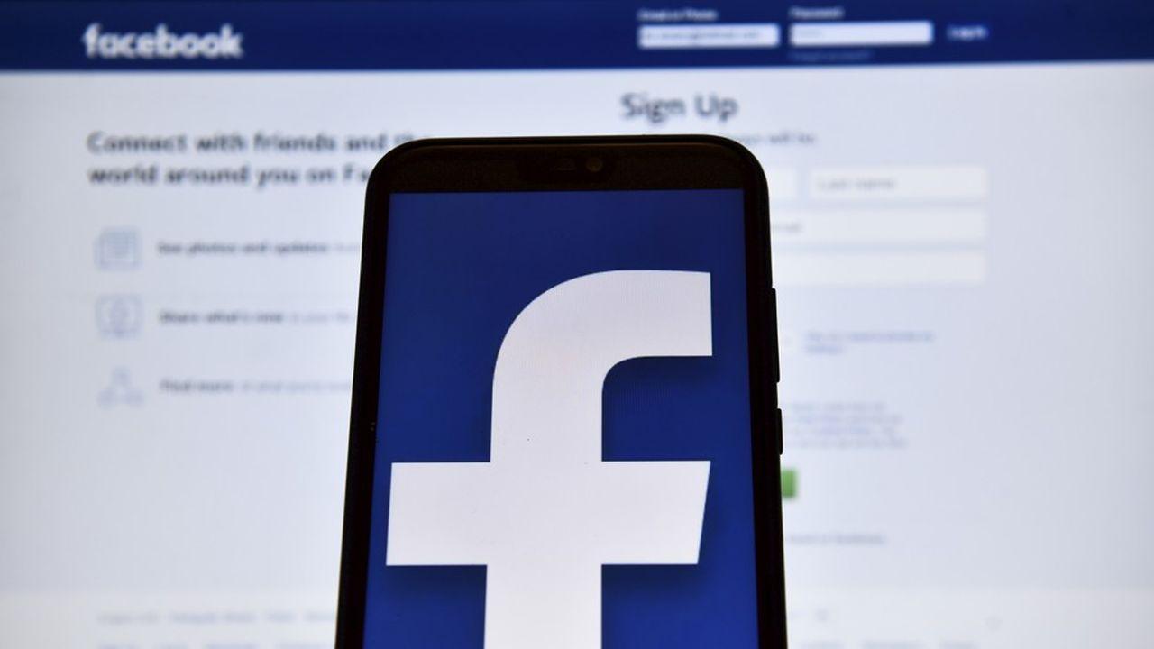 Depuis la révélation en mars2018 du détournement par la firme britannique Cambridge Analytica des données de 87millions d'utilisateurs de Facebook, le réseau social est dans la tourmente.