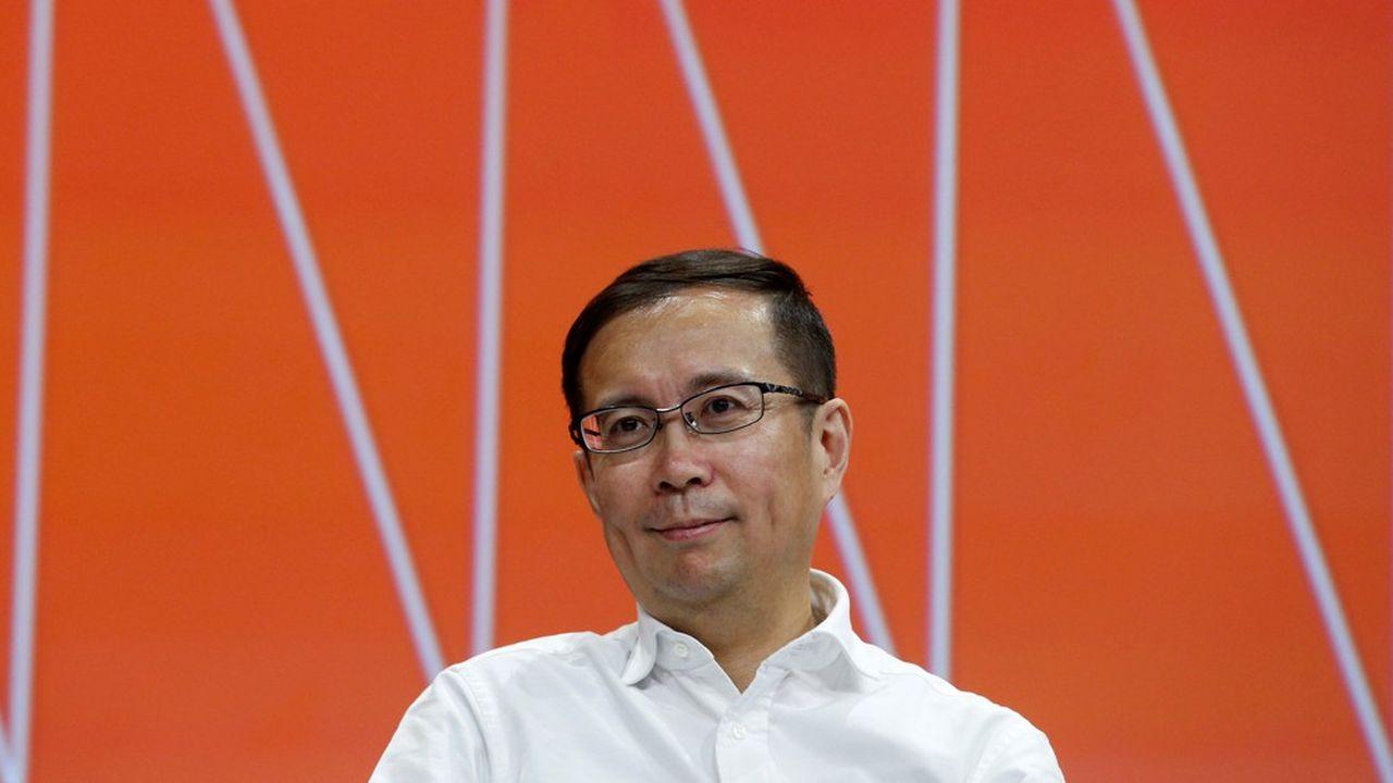 Aussi discret que Jack Ma est volubile, Daniel Zhang qui succède à l'emblématique patron d'Alibaba non seulement connaît bien l'entreprise pour y travailler depuis longtemps mais aussi à l'origine de plusieurs initiatives à succès.