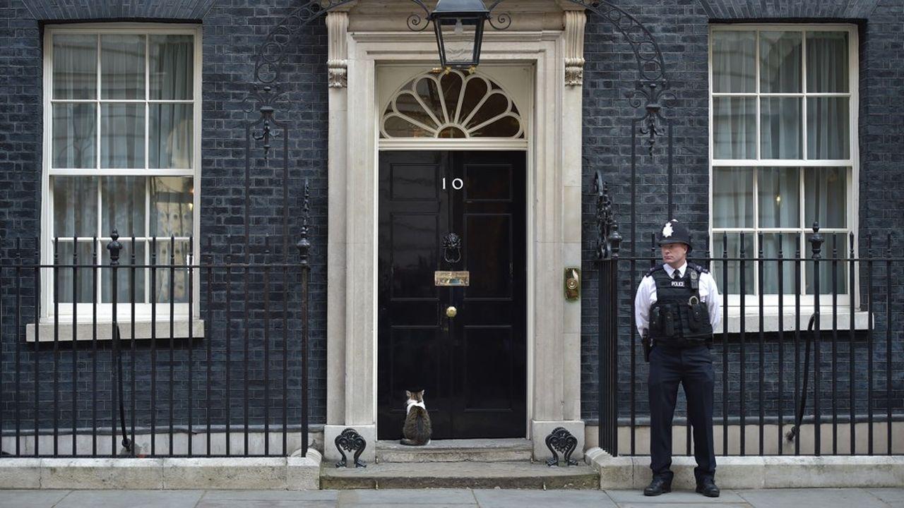 Au 10 Downing Street, à Londres, la résidence officielle et le lieu de travail du Premier ministre du Royaume-Uni.