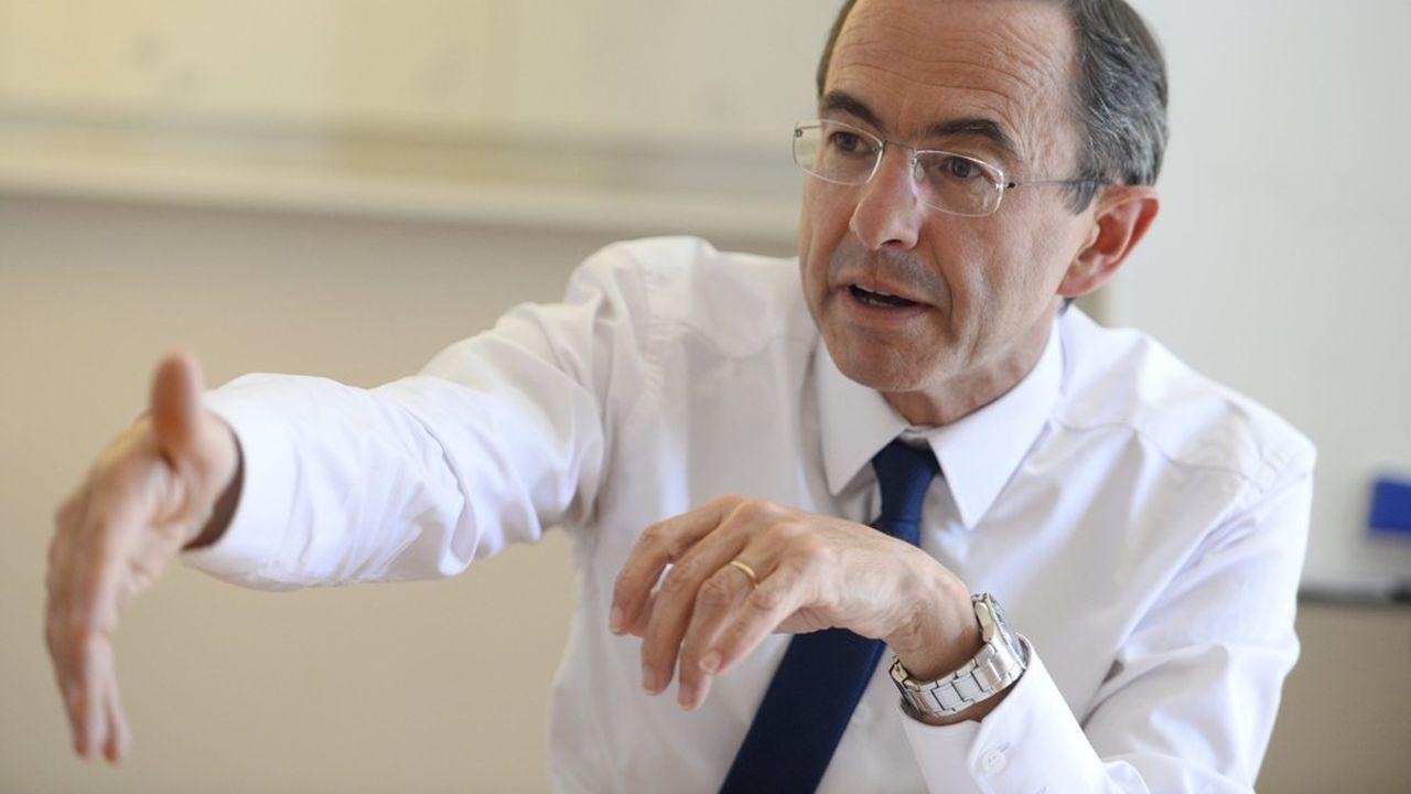 Elu de Vendée, Bruno Retailleau préside depuis 2014 le groupe LR au Sénat.