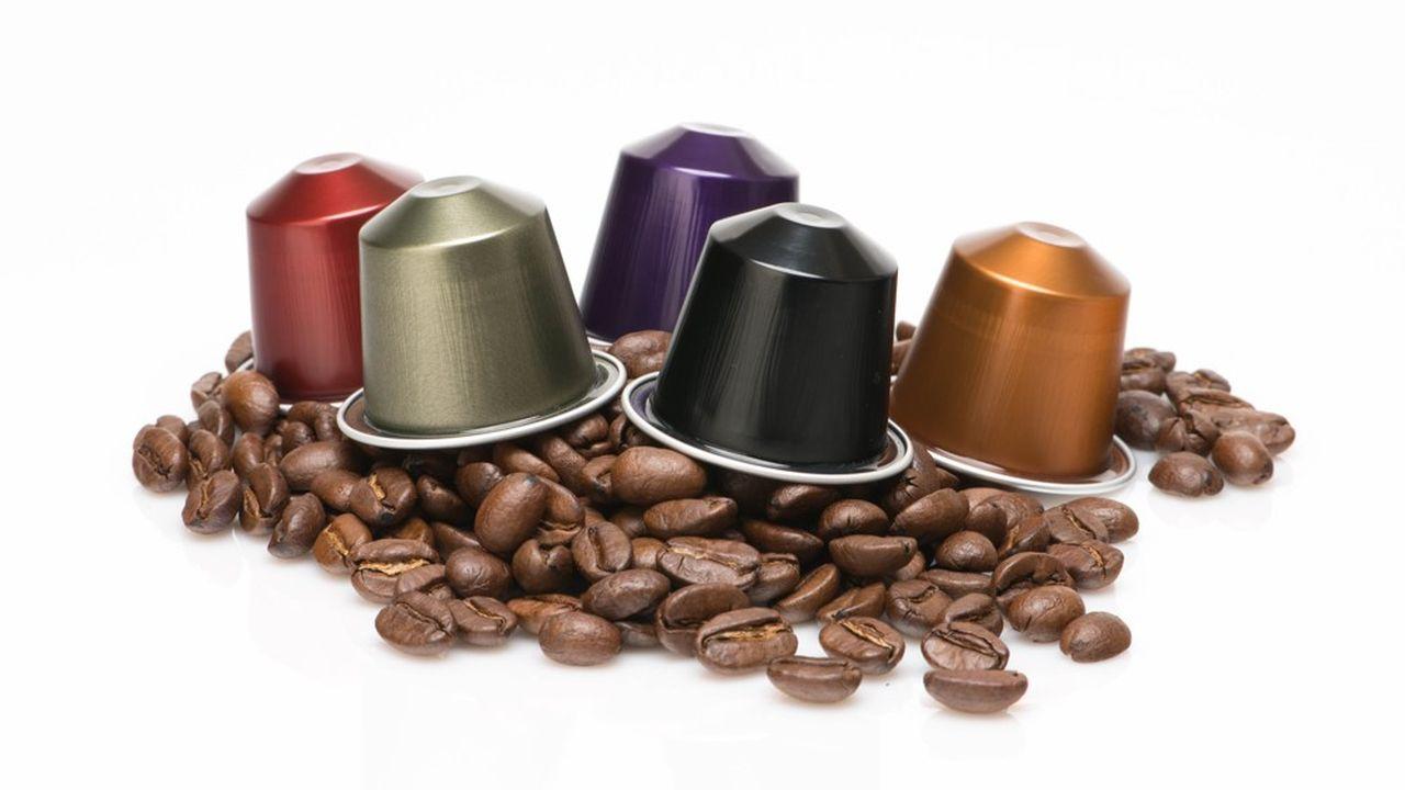 «Le rayon café s'est considérablement développé depuis 2011, de 190 références à 261 désormais avec la multiplication des dosettes, mais aussi l'apparition de nombreuses innovations», remarque l'institut Nielsen.