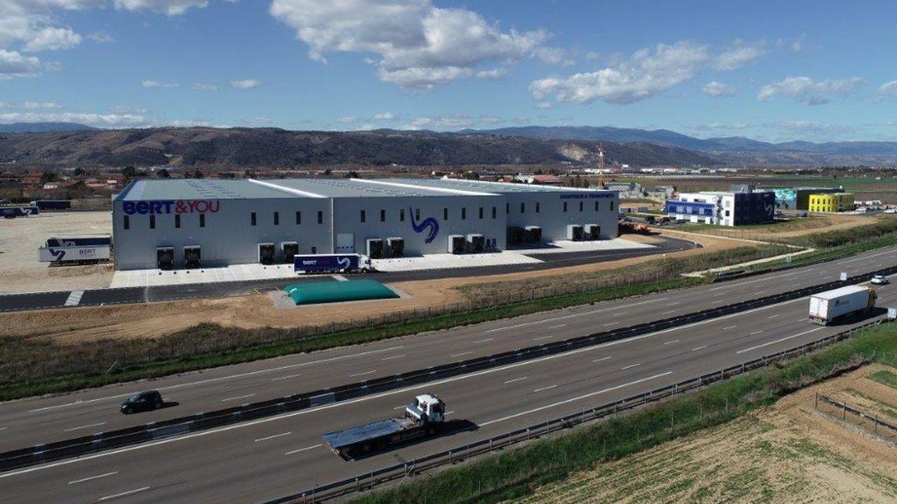 Cette future localisation permettra au transporteur de se rapprocher de deux de ses gros clients gardois, à savoir les plateformes logistiques d'Auchan et Carrefour.