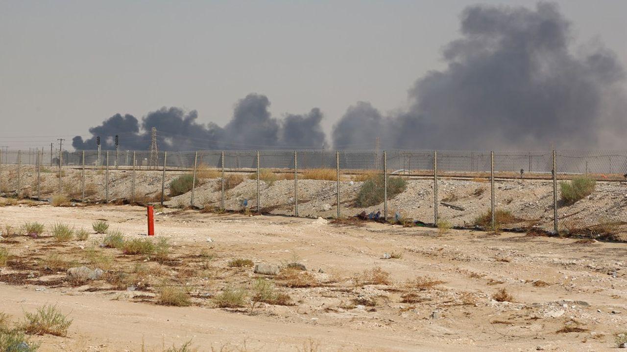 Le site d'Abqaiq, à 60km au sud-ouest de Dahran, principal siège du géant pétrolier, abrite la plus grande usine de traitement du pétrole d'Aramco.
