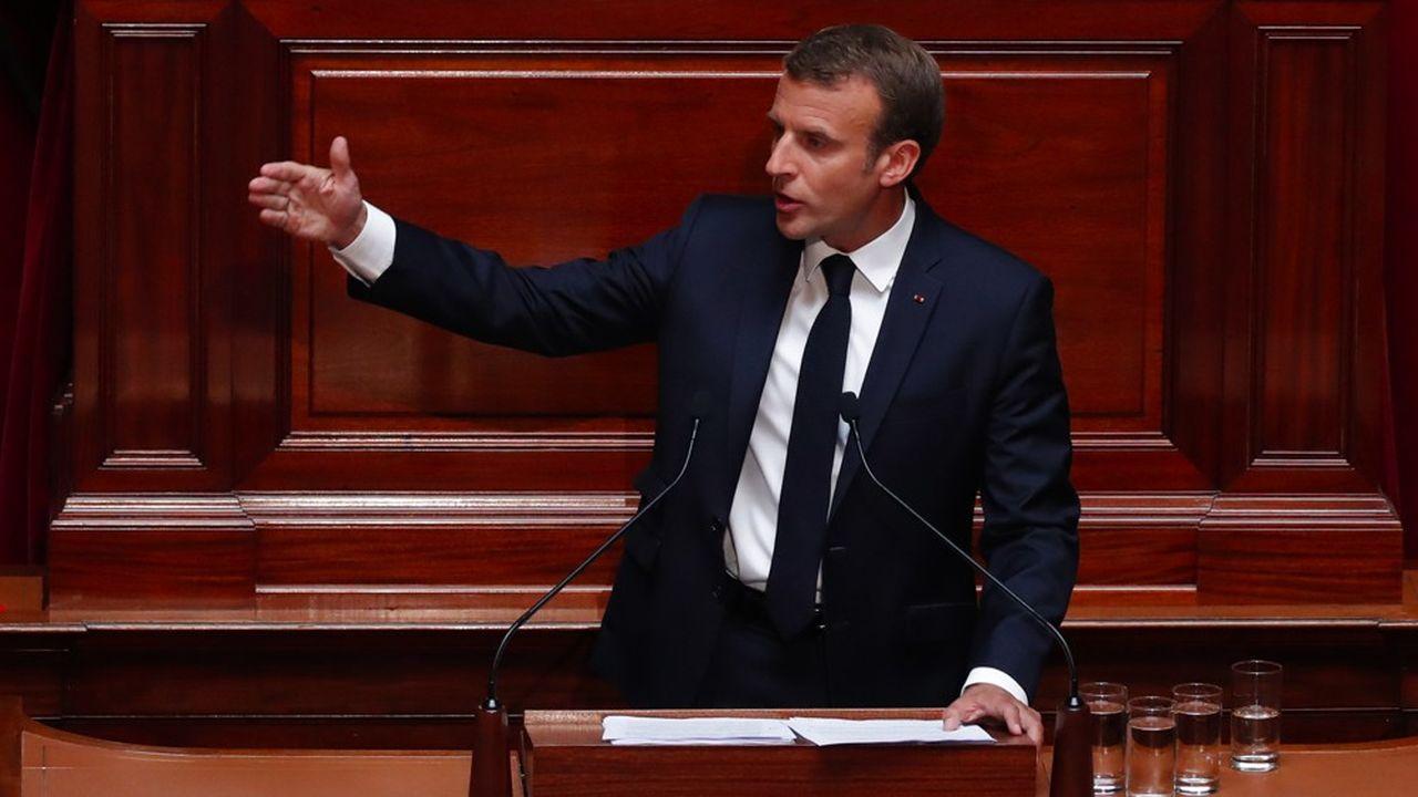 Emmanuel Macron s'exprimera ce lundi soir devant les parlementaires de la majorité alors que la rentrée s'annonce chargée, avec en premier lieu la réforme des retraites