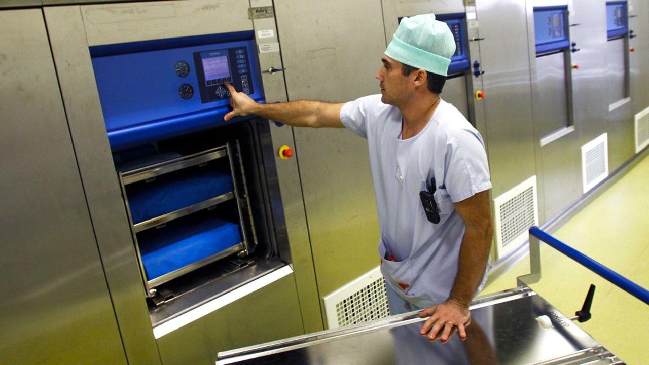 La part de l'externalisation sur le marché de la stérilisation de dispositifs médicaux réutilisables est de 10% en France contre 90% au Royaume-Uni.
