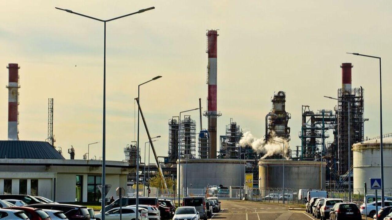 La raffinerie de la plateforme Total à Donges (Loire Atlantique)