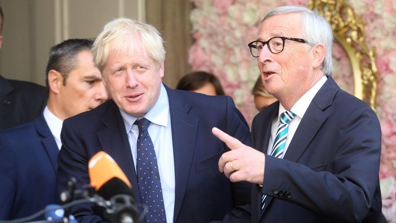 Boris Johnson, le Premier ministre britannique, s'est entretenu avec Jean-Claude Juncker, le président de la Commission européenne, lundi, à Luxembourg. Un terrain neutre pour celui qu'on dit très peu enclin à se rendre à Bruxelles.