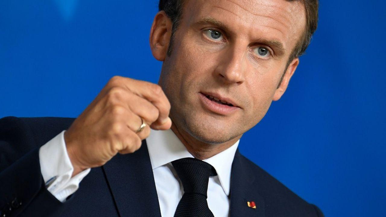 En mettant le sujet immigration sur la table, Emmanuel Macron veut cibler les classes populaires, les plus concernées par le sujet. Ce qui n'est pas pour déplaire à l'aile gauche de sa majorité.