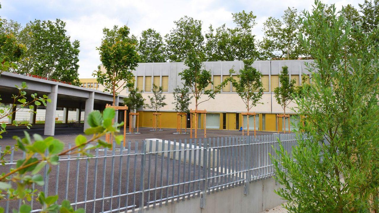 Sur la durée du mandat 2014-2020, l'investissement pour les écoles s'élève à 165 millions d'euros.