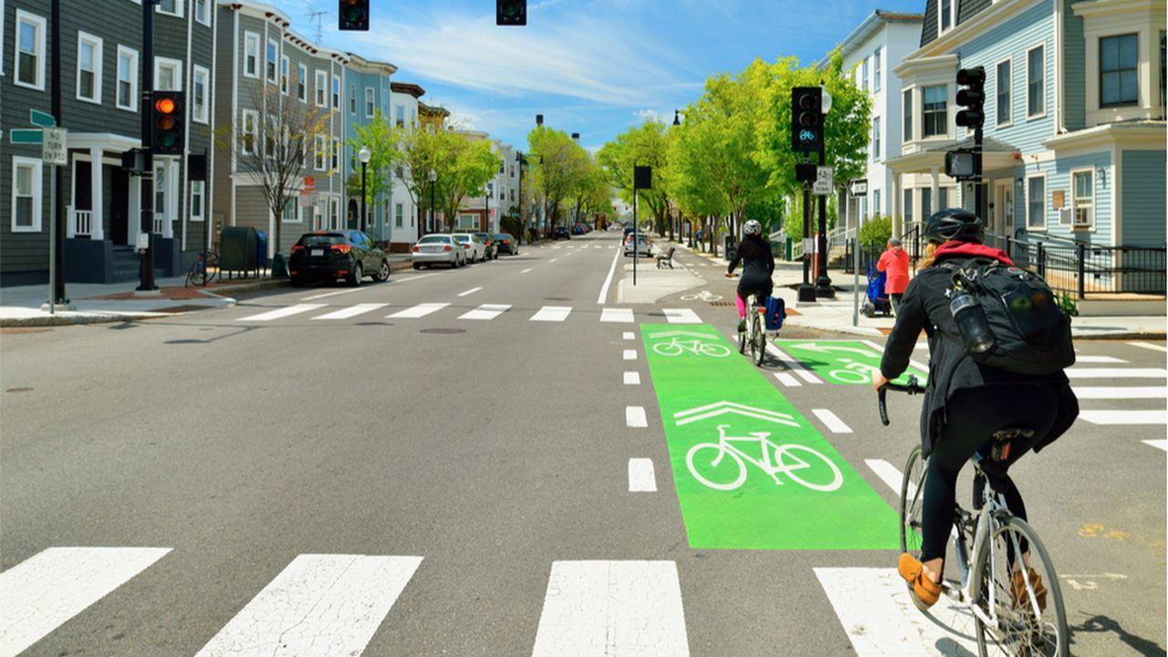 MACIF_MOB_LESECHOS_Pistes cyclables, 70 000 kilomètres balisés l'an prochain en Europe_CREDIT_Shutterstock.jpg