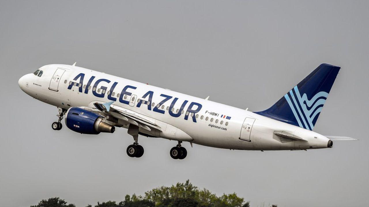 Spécialisée dans les liaisons avec l'Algérie, Aigle Azur a été placée en liquidation judiciaire. Les candidats à la reprise avaient jusqu'à mercredi pour formuler une offre.