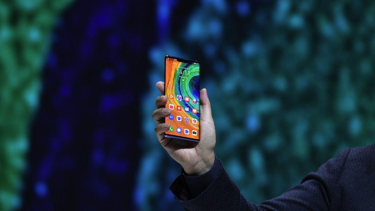 Huawei a présenté jeudi 19septembre à Munich les Mate30 et Mate30Pro, les nouveaux téléphones du groupe chinois.