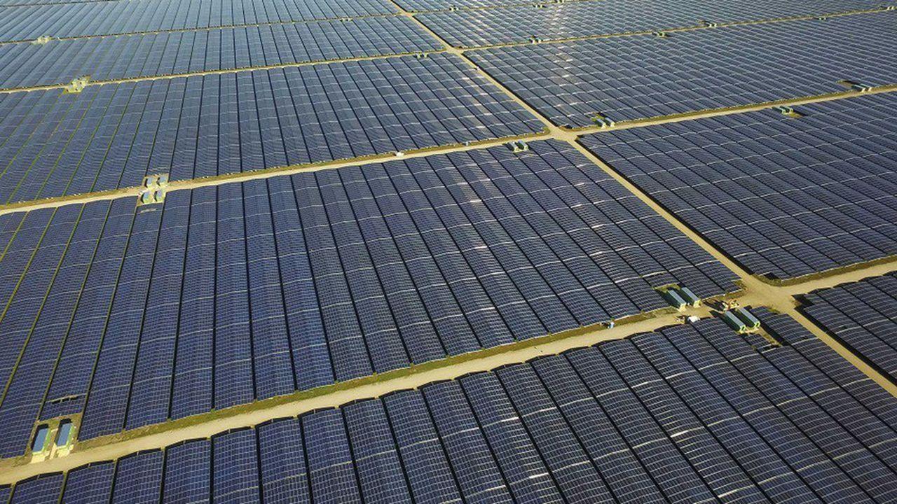 Les nouveaux projets, qui comportent des investissements aux Etats-Unis, au Chili et en Europe, vont notamment entraîner la construction de millions de panneaux solaires et d'éoliennes