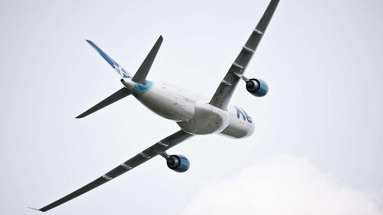 La compagnie française XL Airways, spécialiste des vols long-courriers bon marché, a réclamé son placement en redressement judiciaire.