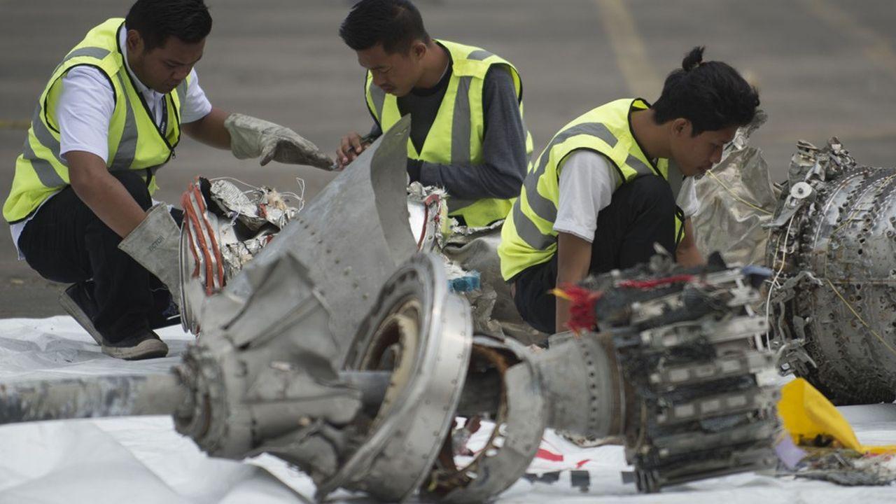 Les enquêteurs ont listé plus de 100 facteurs ayant participé à l'accident aérien, mais mis l'accent sur les défauts de conception du modèle