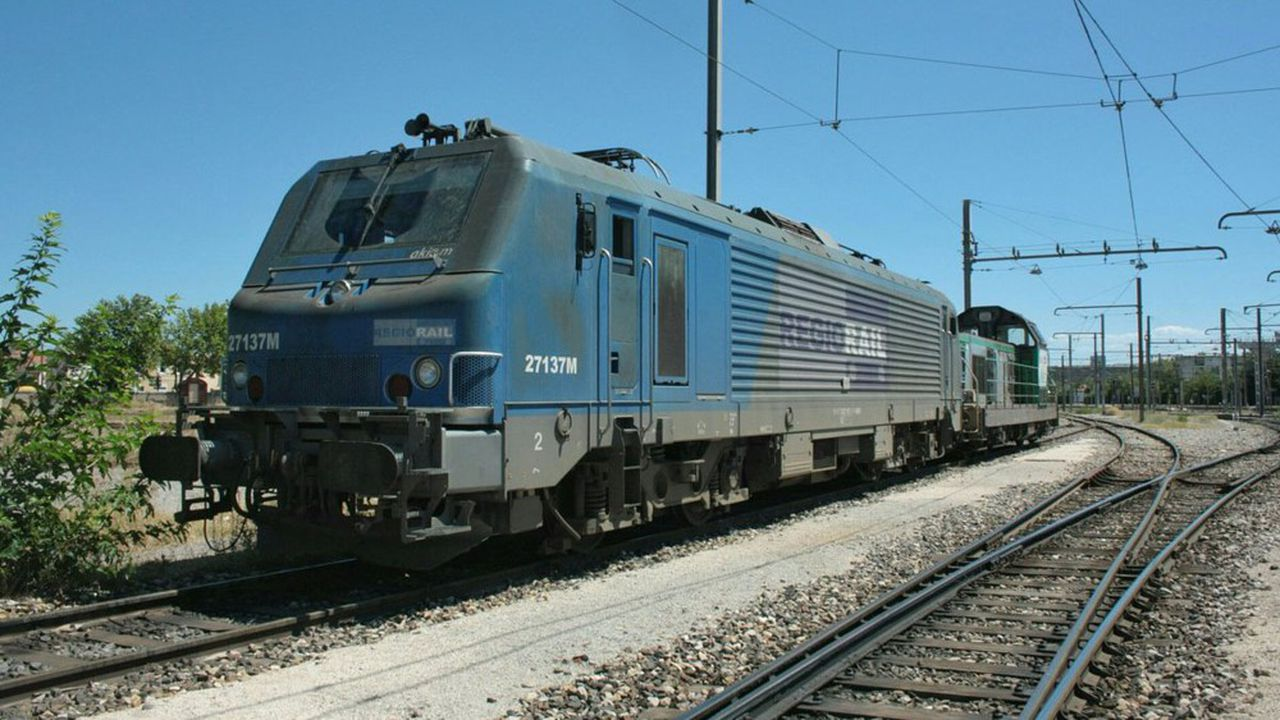 Deux trains de 26 wagons chacun vont circuler chaque semaine avec à leur bord des conteneurs remplis de clinker, un composant du ciment, arrivé en vrac par bateau depuis la Turquie et déchargé sur le port de Sète à destination d'une usine dans le Lot-et-Garonne.