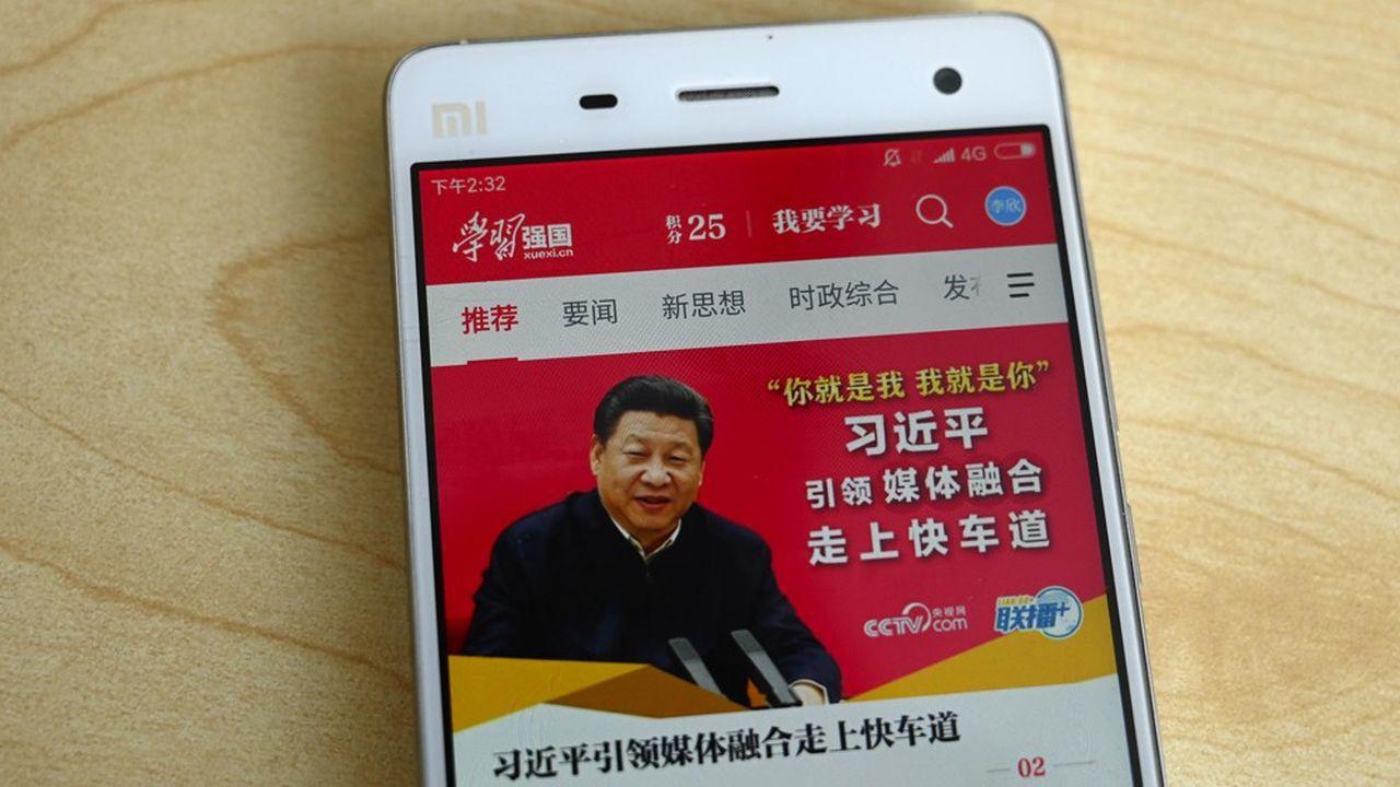 Pour vérifier leur loyauté à l'égard du président, Xi Jinping, les journalistes chinois vont devoir passer un examen en utilisant la plate-forme mobile de propagande Xuexi Qiangguo, baptisée le «Petit Livre rouge 2.0».