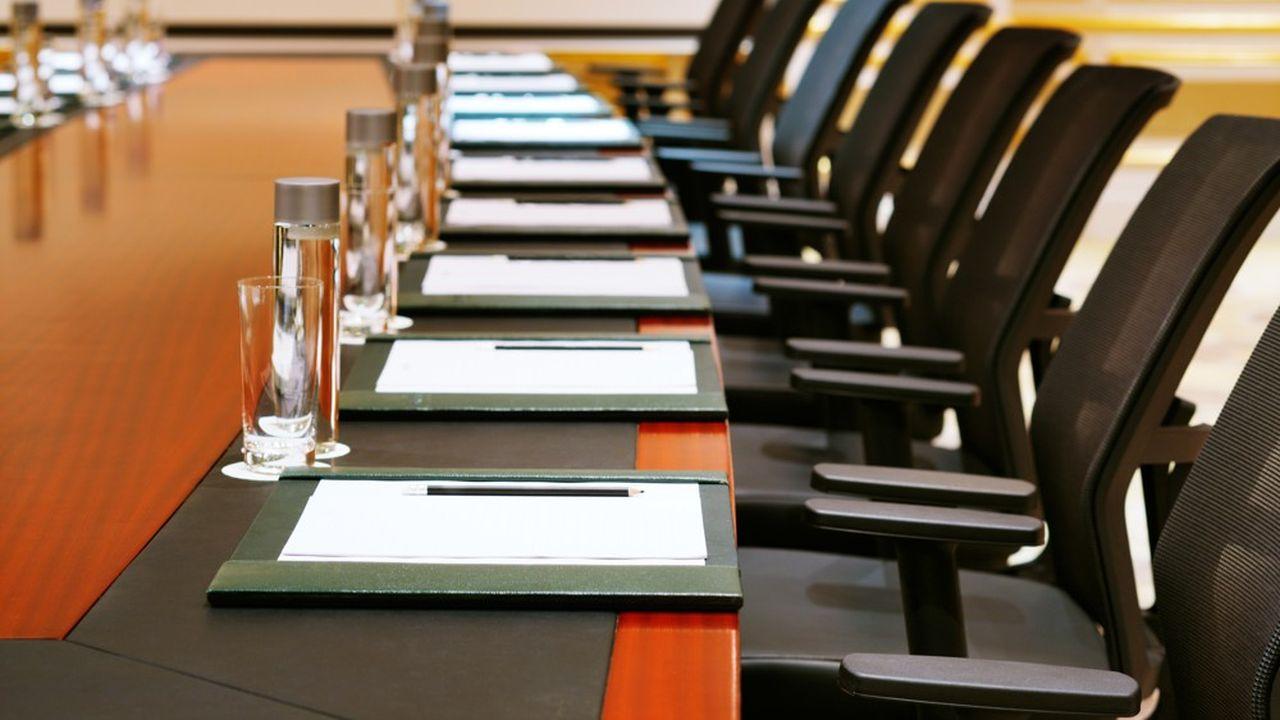 Les conseils d'administration continuent à recruter des femmes avec une expérience de dirigeante ou avec un profil numérique.