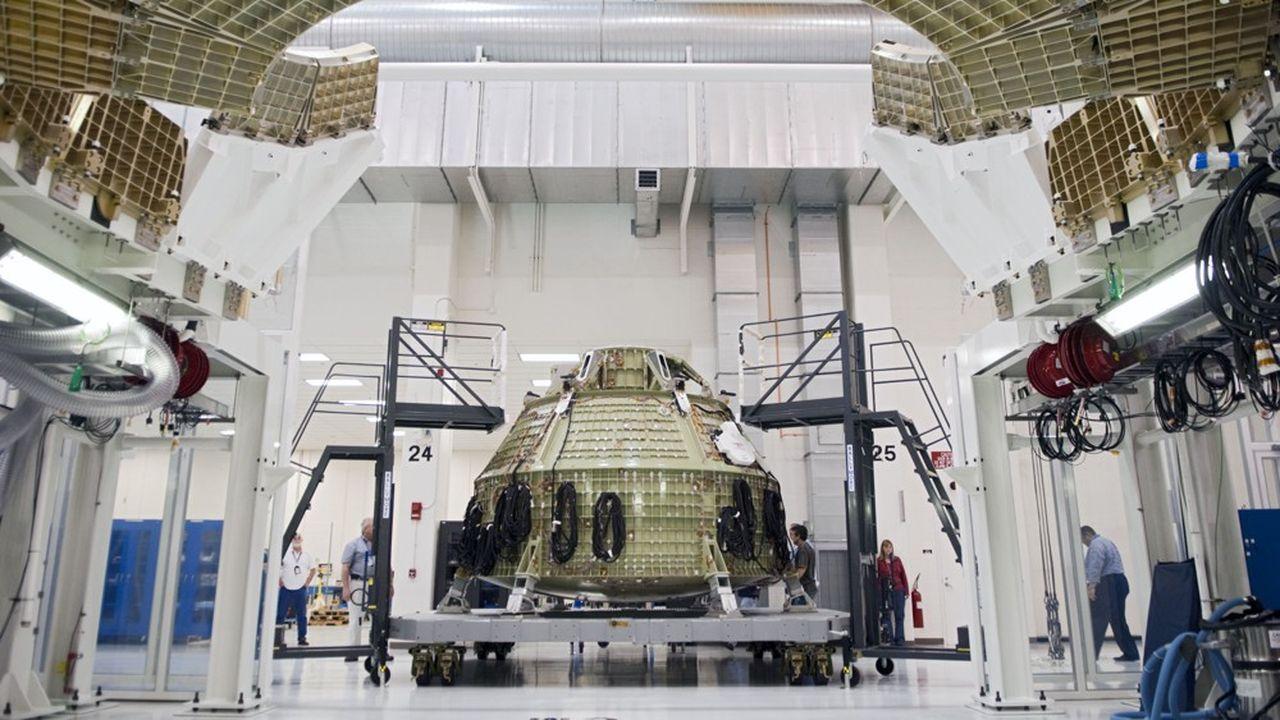 Le vaisseau spatial Orion doit être capable d'amener un équipage sur la Lune et de le ramener au moins une fois