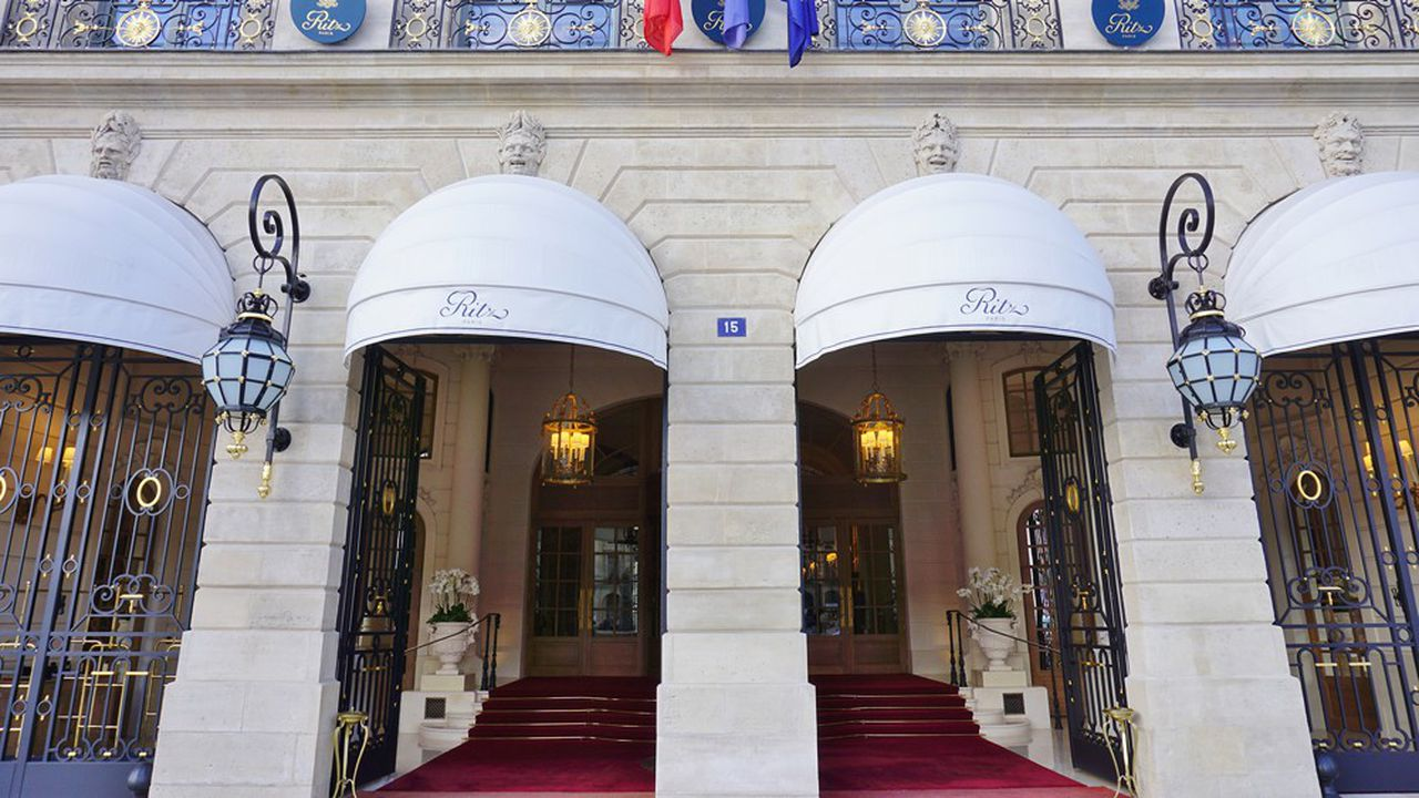 Le Ritz fait partie des prestigieux hôtels parisiens à avoir entrepris, ces dernières années, une rénovation en profondeur. Il avait rouvert ses portes en 2016 après près de quatre ans de travaux.