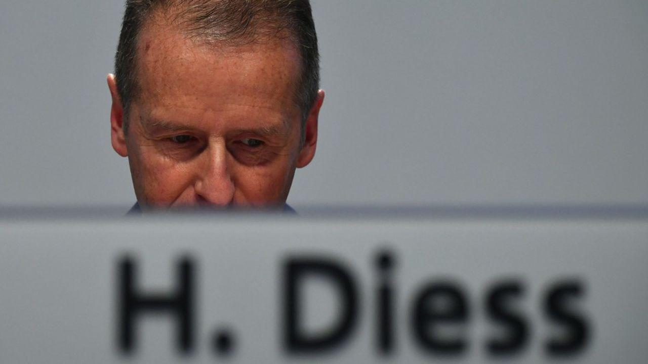 Le parquet de Brunswick a mis en examen ce mardi trois grands dirigeants du constructeur allemand: le patron actuel Herbert Diess, son président du conseil de surveillance Hand Dieter Pötsch et le patron à l'époque du scandale des moteurs truqués Martin Winterkorn.