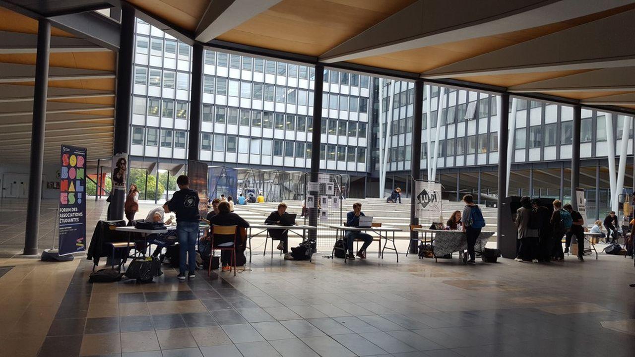 «On dressera le bilan un peu plus tard, quand on verra que ces étudiants s'en sortent bien en L1 et après», avance Raphaëlle Grifone, responsable avec Xavier Michaut du dispositif «oui si» de Sorbonne Université.