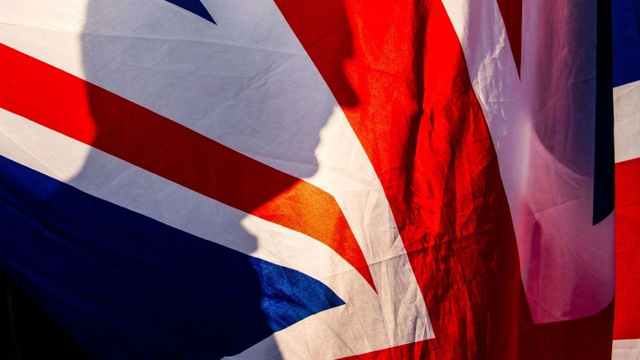 Les partisans du Brexit manifestent devant le parlement de Westminster, le 29mars, jour qui devait marque la sortie du Royaume-Uni de l'Union européenne.