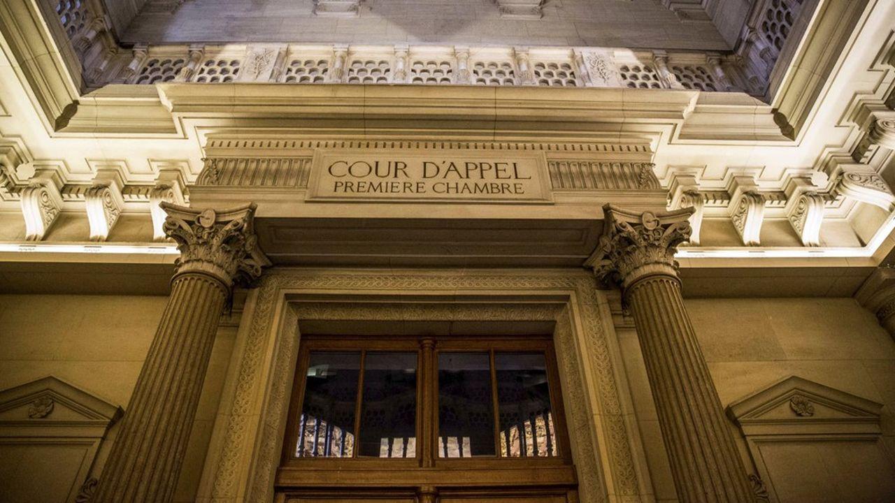 Contrairement à la Cour d'appel de Reims, celle de Paris, qui devait aussi se prononcer ce mercredi sur un contentieux sur le barème de dommages et intérêts en cas de licenciement abusif a renvoyé sa décision à plus tard.