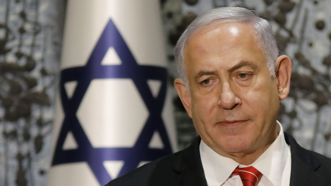 Le Premier ministre, Benyamin Netanyahu, s'est exprimé devant la presse après s'être vu confier, en accord avec son rival du parti Bleu Blanc, la mission de former un gouvernement d'union nationale.