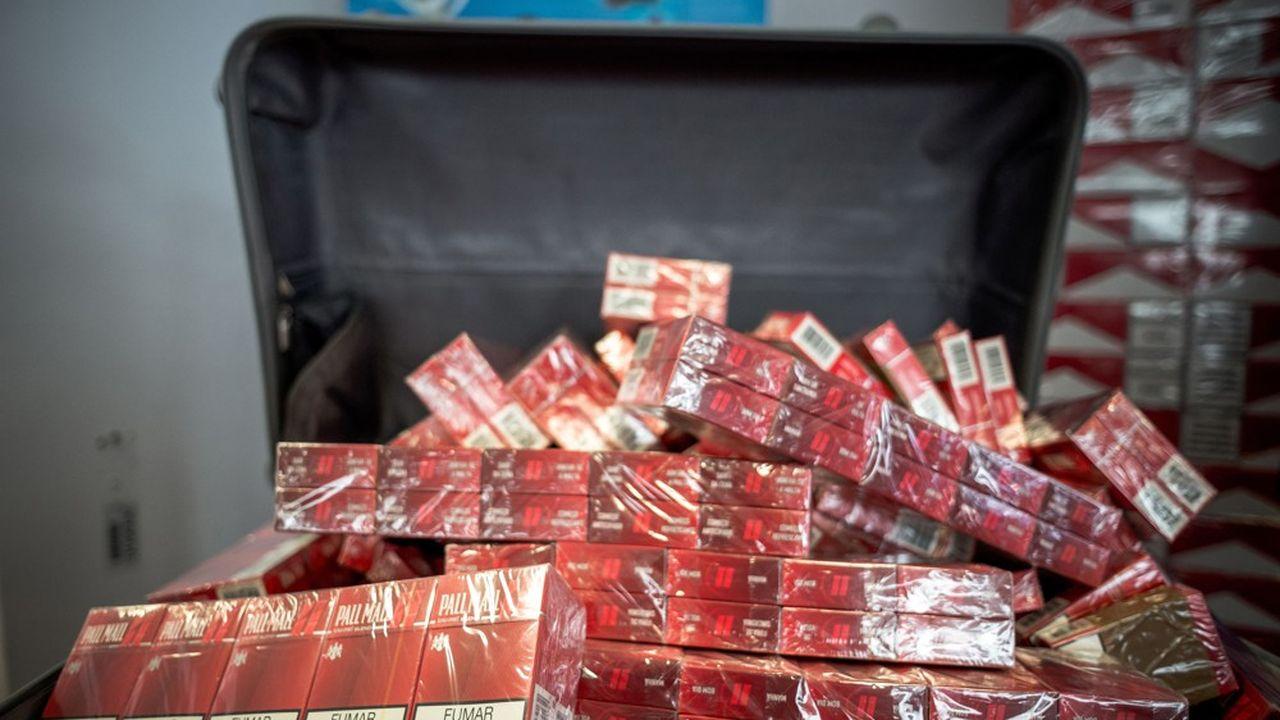 Les cigarettes arrivent en tête des produits le plus souvent saisis .