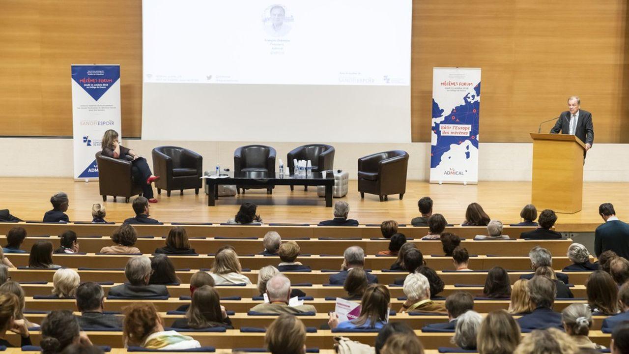 Le Mécènes Forum se déroule au Collège de France.