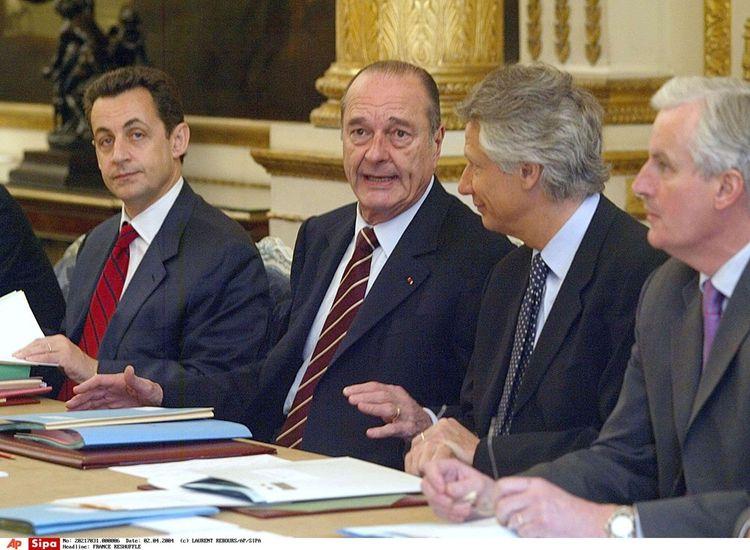 Jacques Chirac, Nicolas Sarkozy, Dominique de Villepin et Michel Barnier en avril2004.