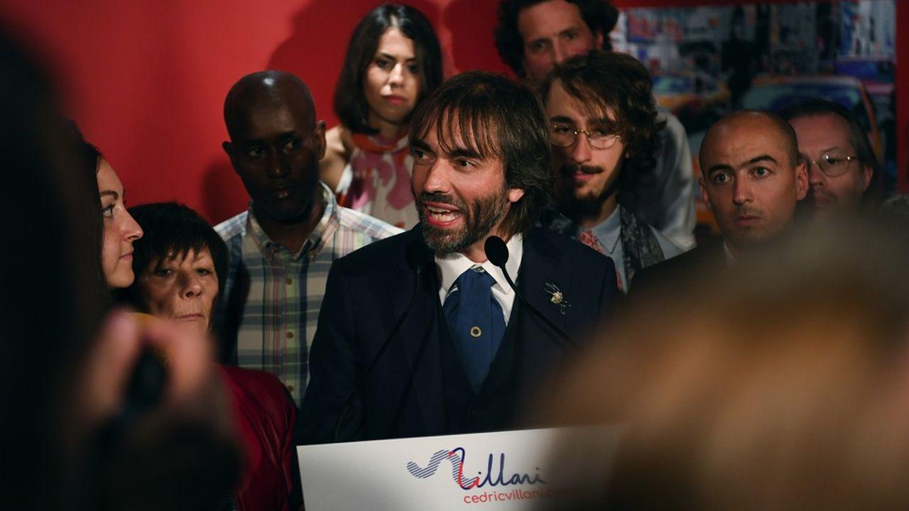 Après avoir annoncé sa candidature dans un bar de la rue de la Gaité, Cédric Villani a confirmé jeudi soir qu'il sera tête de liste dans le 14e arrondissement de Paris, où il réside.