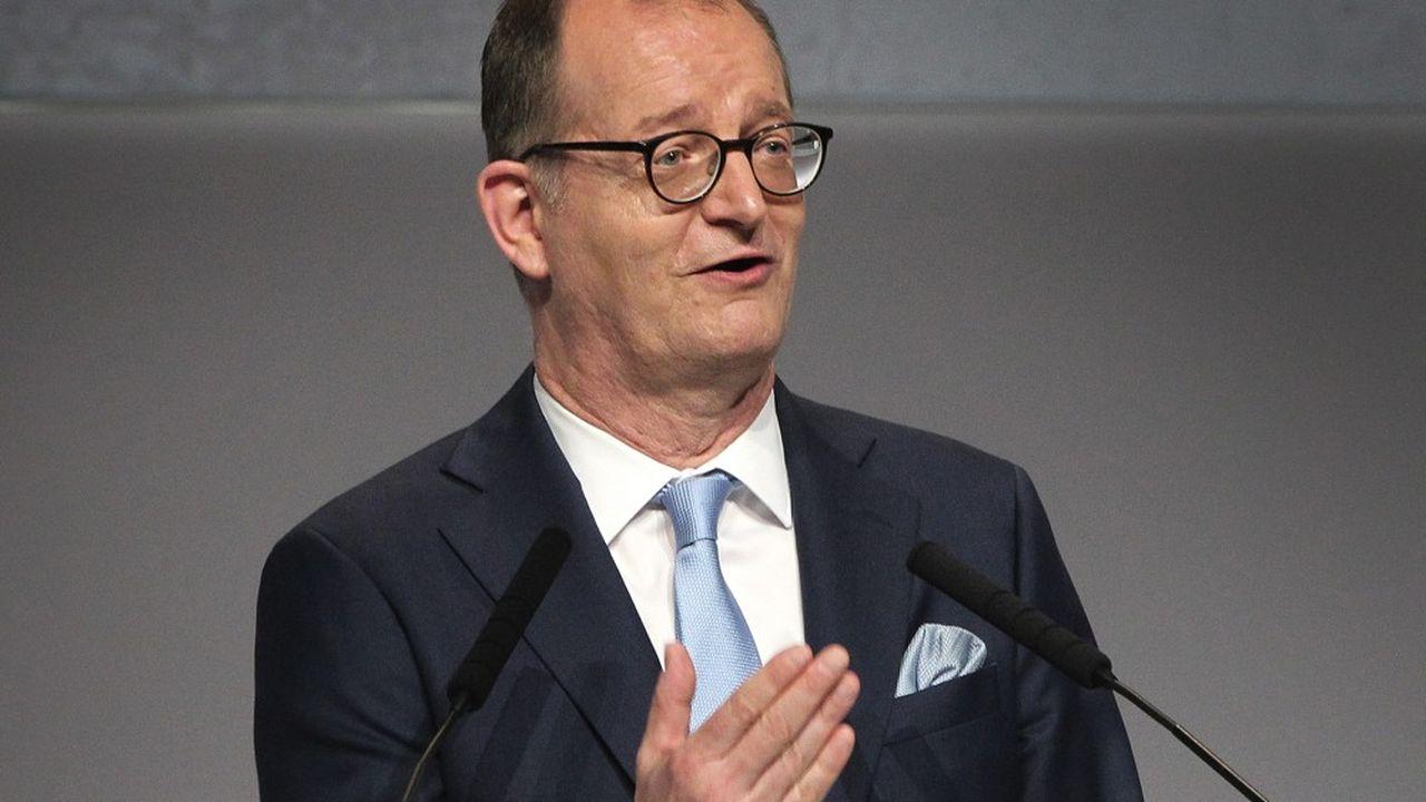 Le directeur général de Commerzbank, Martin Zielke, a annoncé vendredi son intention de se défaire d'un million de clients inactifs désormais incompatibles avec son objectif d'atteindre une rentabilité supérieure à 4% d'ici à 2023.