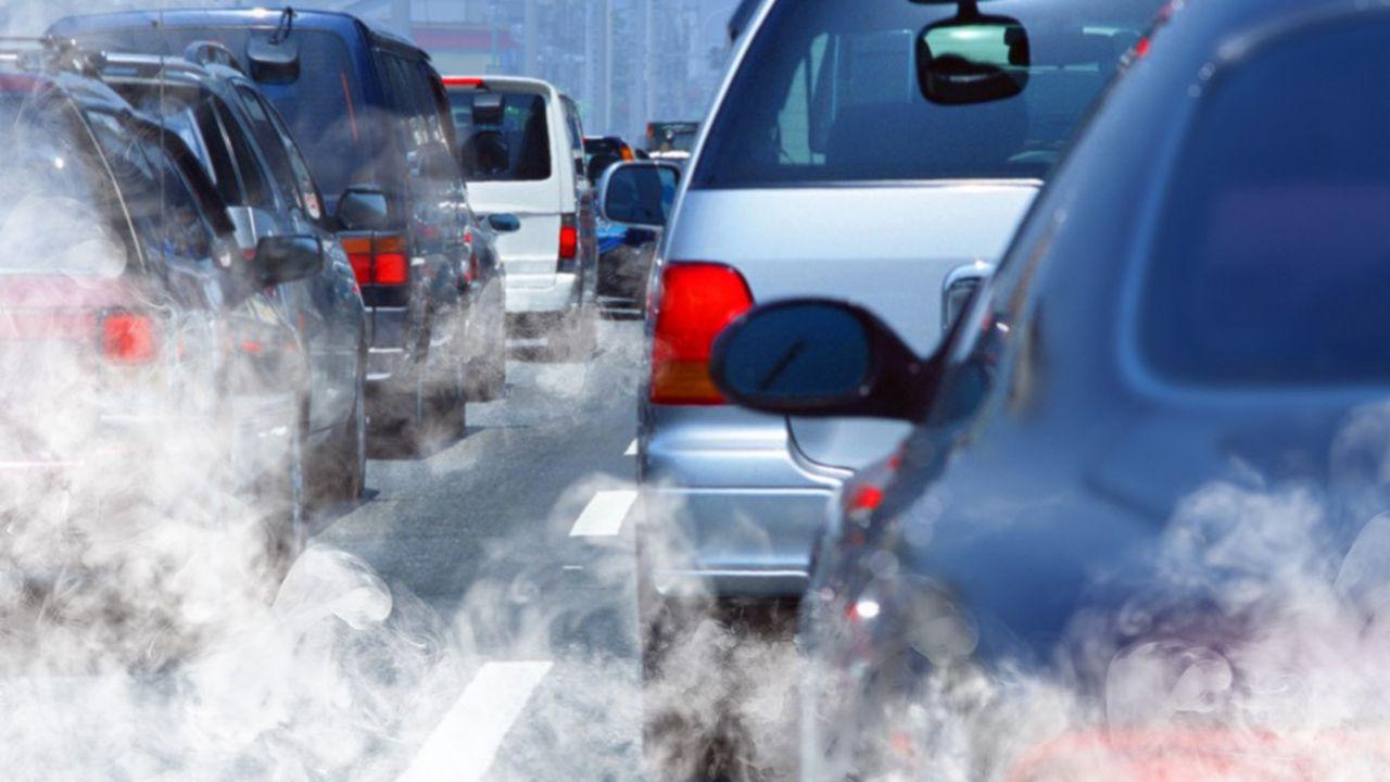 2020, c'est l'année fatidique pour les constructeurs automobiles, qui devront remplir leurs obligations en matière d'émissions CO2 sous peine de se voir sévèrement sanctionnés par Bruxelles.