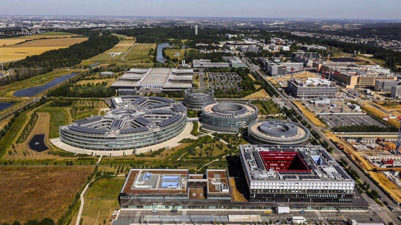 L'agglomération de Paris-Saclay regroupe 27 villes de l'Essonne, 60.000 étudiants et plus de 400.000 salariés .