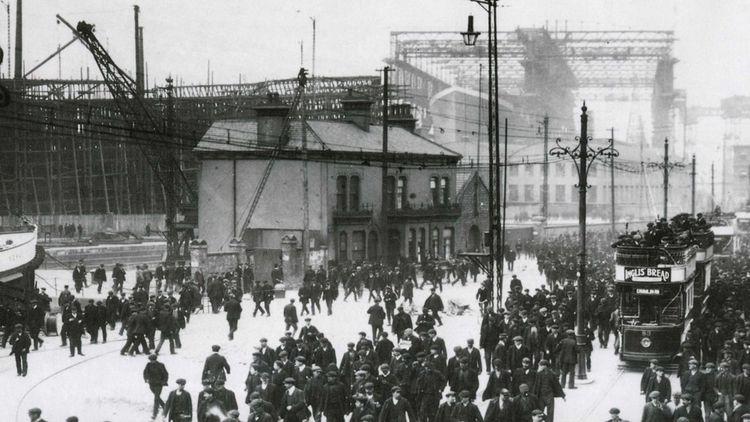 Véritable institution en Irlande du Nord, le chantier naval faisait travailler plus de 30.000 personnes au début du XXesiècle. Il ne comptait plus qu'environ 130 employés.