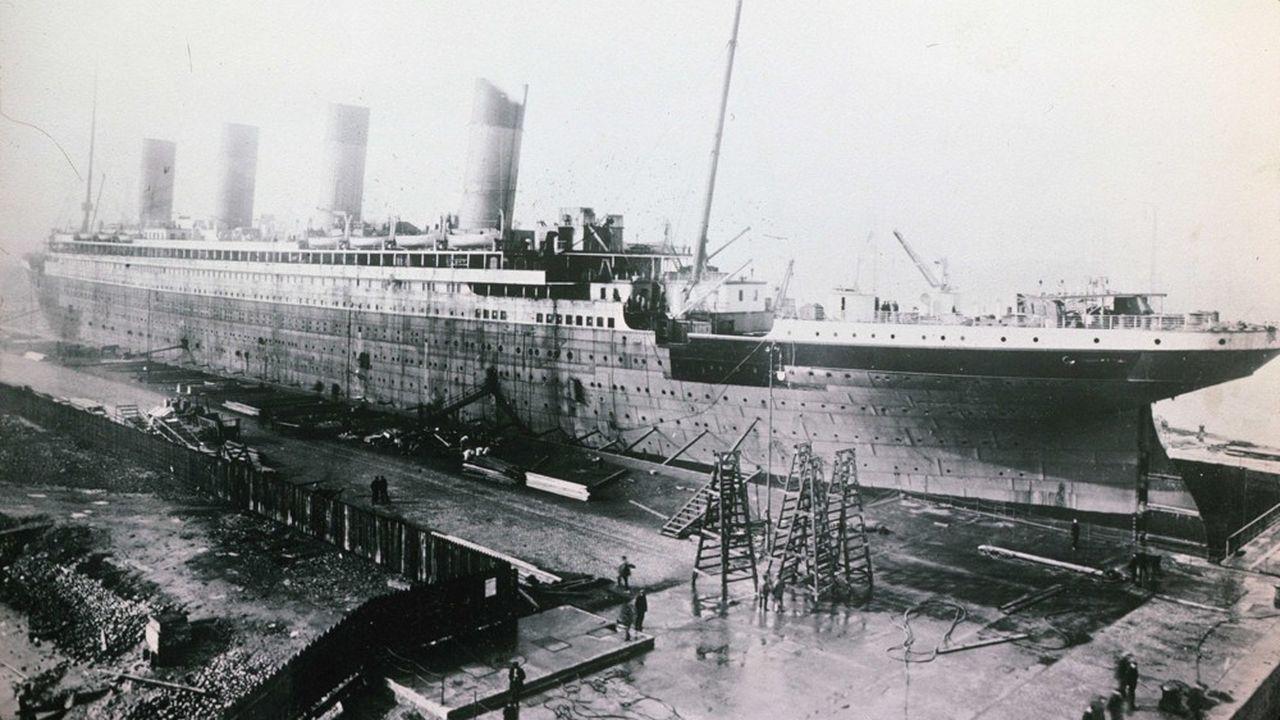 Créé en 1861, le chantier naval de Belfast «Harland and Wolff» avait bâti le célèbre paquebot Titanic, qui avait fait naufrage en avril1912 au large de Terre-Neuve.Le site avait également fourni près de 150 navires de guerre pendant la Seconde Guerre mondiale.