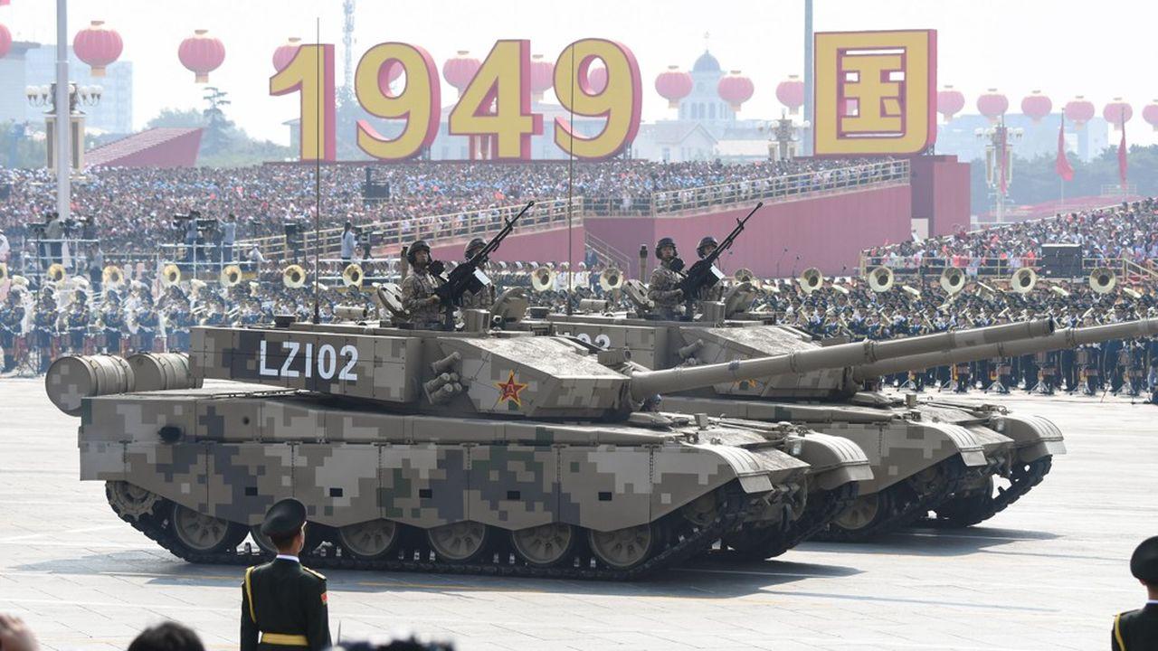 Des chars, des nouveaux missiles et autres drones ont défilé le long de l'avenue Chang'an.