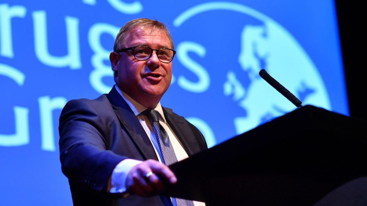 Le député conservateur Mark François à la tribune de la conférence annuel du parti des Tories.