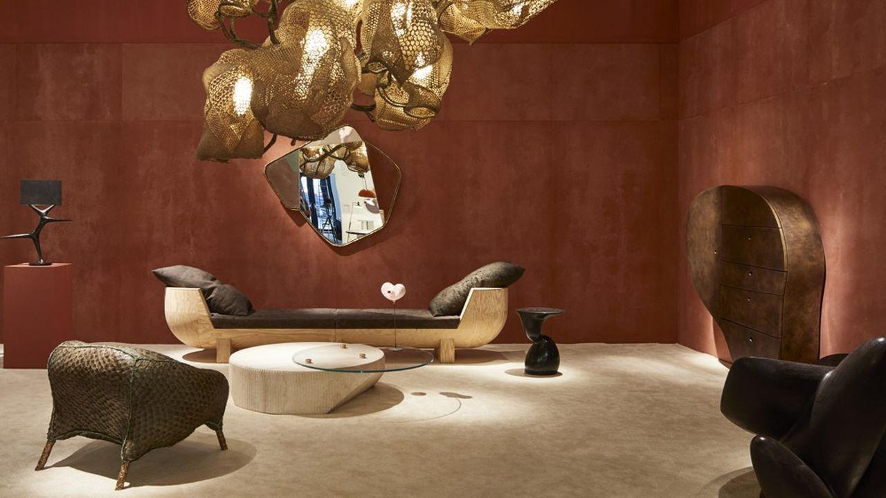 Carpenters Workshop Gallery présente des pièces destinées à la clientèle fortunée du salon londonien.