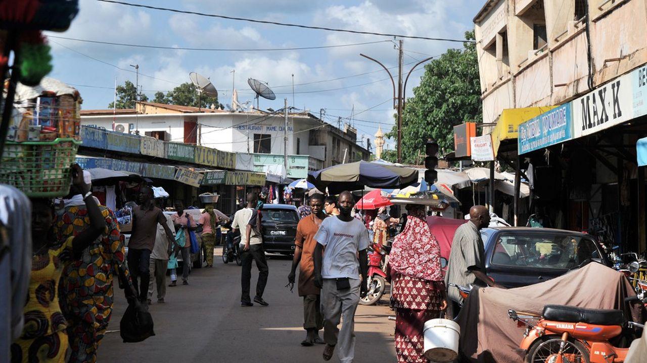 A 4,8milliards de dollars fin 2018, la dette externe du Mali, comme de nombreux pays africains, a plus que doubléau cours des dix dernières années. Une situation qui alarme la Banque mondiale.